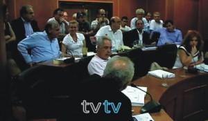 Φωτό αρχείου: Ο εργολάβος Γ. Βλάχος διεκδικεί τα χρήματά του το 2013 στο Δημ Συμβούλιο