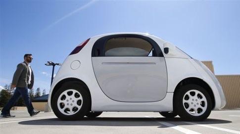 Το αυτοοδηγούμενο αυτοκίνητο χωρίς οδηγό κυκλοφορεί το καλοκαίρι στους δρόμους των ΗΠΑ