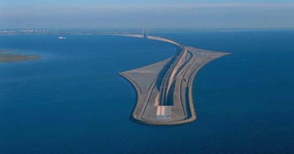 Γέφυρα γίνεται τούνελ και συνδέει την Δανία με την Σουηδία!