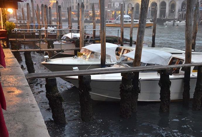 Βενετία - πτώση στάθμης νερού