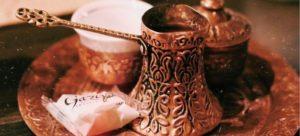 O καφές, τα καφενεία και η πολτική