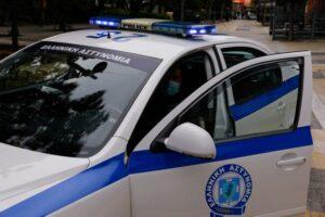 Συνελήφθη στην Κόρινθο 49χρονος που έκλεβε τσάντες από σταθμευμένα αυτοκίνητα